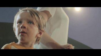 Citi TV Spot, 'Joy Ride' Song by Pixies - Thumbnail 6