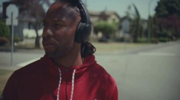 Bose QuietComfort 35 TV Spot, 'Young' Featuring Larry Fitzgerald - Thumbnail 2