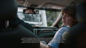 2018 Toyota Camry SE TV Spot, 'Wonder' [T2] - Thumbnail 6