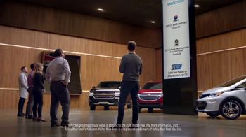 2017 Chevy Malibu Premier TV Spot, 'Most Awarded: Long List' [T2] - Thumbnail 3