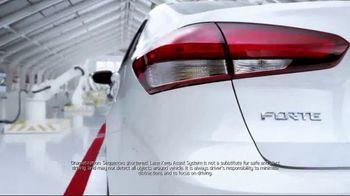 Kia Fall Savings Time TV Spot, '2017 Forte: Lane Keep Assist' [T2] - Thumbnail 4