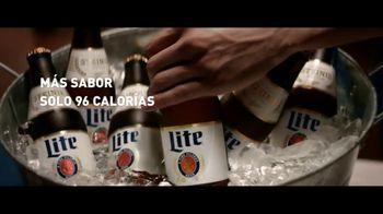 Miller Lite TV Spot, 'Steinie SL' [Spanish] - Thumbnail 4