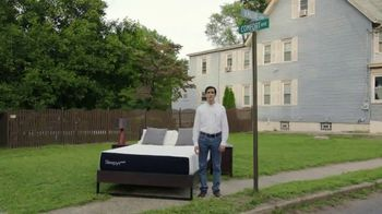 Mattress Firm TV Spot, 'Sleepy's: At the Intersection of Comfort and Value' - Thumbnail 8