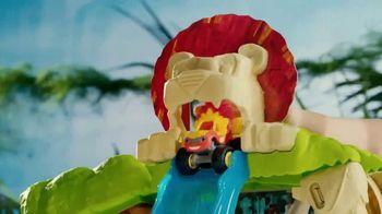 Blaze Animal Island Stunts Speedway TV Spot, 'Defy Gravity' - Thumbnail 5