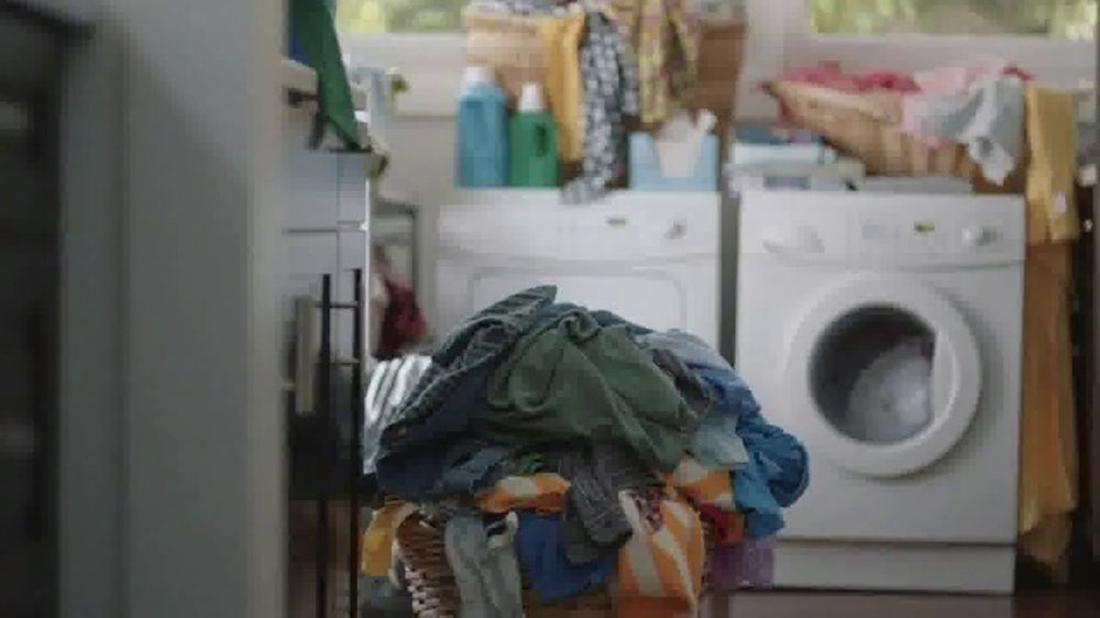 loweu0027s tv commercial u0027the moment undersized washing ispottv