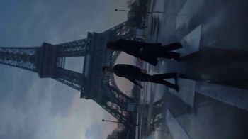 Yves Saint Laurent Beauty Mon Paris TV Spot, 'Amor' [Spanish] - Thumbnail 2