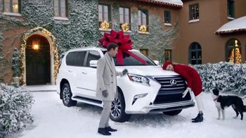 Lexus December to Remember Sales Event TV Spot, 'Whispers: 2018 ES 350' [T2] - Thumbnail 4