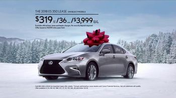 Lexus December to Remember Sales Event TV Spot, 'Whispers: 2018 ES 350' [T2] - Thumbnail 7
