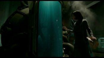The Shape of Water - Alternate Trailer 16