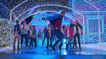 Old Navy TV Spot, 'Electric HoliYAY Style' Song by Major Lazer - Thumbnail 7