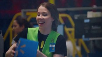 Walmart TV Spot, 'Thanks to All Our Associates' Song by Earth, Wind & Fire - Thumbnail 7