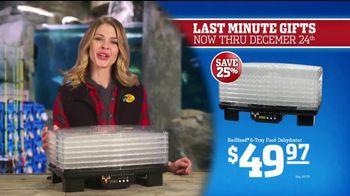 Bass Pro Shops Christmas Sale TV Spot, 'Fleece, Thermals and Dehydrator' - Thumbnail 6