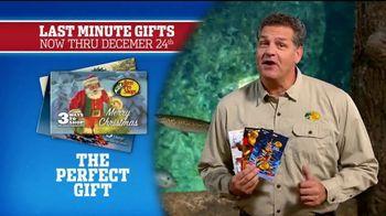 Bass Pro Shops Christmas Sale TV Spot, 'Fleece, Thermals and Dehydrator' - Thumbnail 7