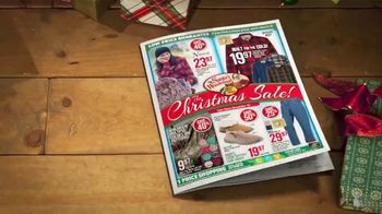 Bass Pro Shops Christmas Sale TV Spot, 'Last-Minute: Boots and Rangefinder' - Thumbnail 3