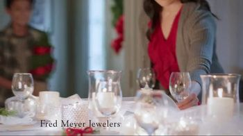 Fred Meyer Jewelers TV Spot, 'Holiday Joy: 10 Percent' - Thumbnail 1