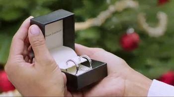 Fred Meyer Jewelers TV Spot, 'Holiday Joy: 10 Percent' - Thumbnail 5