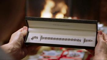 Fred Meyer Jewelers TV Spot, 'Holiday Joy: 10 Percent' - Thumbnail 6