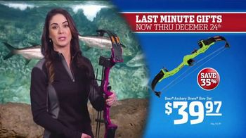 Bass Pro Shops Christmas Sale TV Spot, 'Knife Sets and Toy Crossbows' - Thumbnail 6