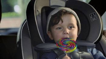 2017 Chrysler Pacifica TV Spot, 'Hero Story One: Functionality' [Spanish] [T1] - Thumbnail 10
