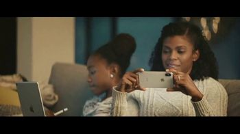Best Buy TV Spot, 'Let's Hear it for the Dad: Apple Watch' - Thumbnail 7