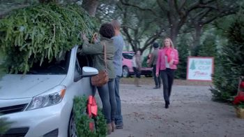 AutoNation Year End Event TV Spot, 'More Under the Tree: 2017 Rogue' - Thumbnail 1