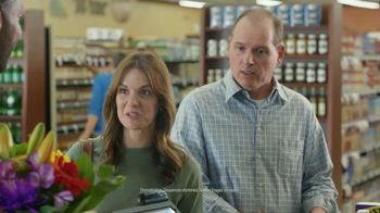 Capital One Quicksilver VISA TV Spot, 'Tap to Pay' Feat. Larry Fitzgerald - Thumbnail 6