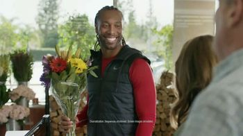 Capital One Quicksilver VISA TV Spot, 'Tap to Pay' Feat. Larry Fitzgerald - Thumbnail 7