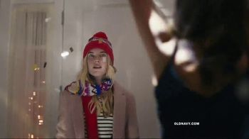 Old Navy TV Spot, 'Do The HOLIYAY Dance: 75 Percent Off' Song by Justice - Thumbnail 2