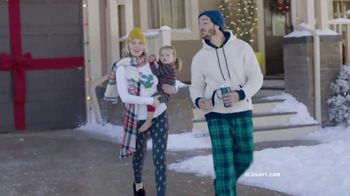 Old Navy TV Spot, 'Jingle Jammies Jam: 75 Percent Off' - Thumbnail 5