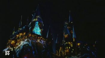 Syfy Wizarding World of Harry Potter Sweepstakes TV Spot, 'Holiday Trip' - Thumbnail 9