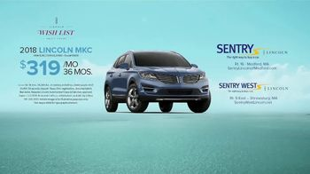Lincoln Wish List Sales Event TV Spot, 'Living in the Moment: MKC' [T2] - Thumbnail 9