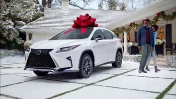 Lexus December to Remember Sales Event TV Spot, 'Stunned: 2018 NX 300 AWD' [T2] - Thumbnail 3