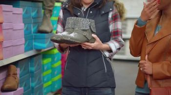Shoe Carnival TV Spot, 'Snowball Surprise: Boots' Featuring Zach King - Thumbnail 4