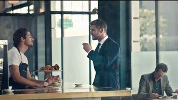 BOSS Bottled Tonic TV Spot, 'El hombre de hoy' [Spanish] - Thumbnail 7