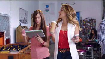Western Union App TV Spot, '¡Erika de la Vega se las sabe!' [Spanish] - Thumbnail 2