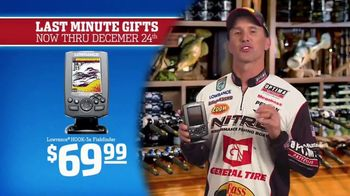 Bass Pro Shops Christmas Sale TV Spot, 'Sweaters, Game Camera & Fishfinder' - Thumbnail 6