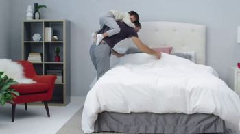 Mattress Firm Winter Slumber Sale TV Spot, 'Free Box Spring and Delivery' - Thumbnail 6