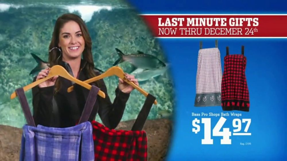 Bass pro shops christmas sale tv commercial 39 bath wraps for Redhead bear creek flannel shirt