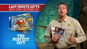 Bass Pro Shops Christmas Sale TV Spot, 'Bath Wraps, Flannel & Spin Combo' - Thumbnail 8