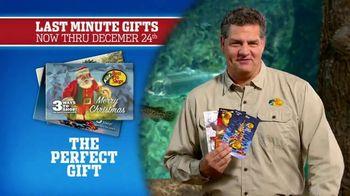 Bass Pro Shops Christmas Sale TV Spot, 'Bath Wraps, Flannel & Spin Combo' - Thumbnail 9