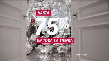 Old Navy TV Spot, 'HoliYAY: rebajas' canción de Justice [Spanish] - Thumbnail 6