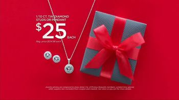 JCPenney Holiday Challenge TV Spot, 'Wrap It Up' Song by Sia - Thumbnail 5