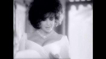 Elizabeth Taylor White Diamonds TV Spot, 'Holiday Gift Set' - Thumbnail 2