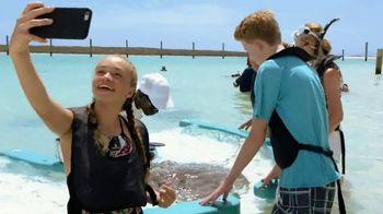 Disney Cruise Line TV Spot, 'Disney Channel: Castaway Cay' - Thumbnail 4