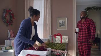 Lowe's TV Spot, 'The Moment: Gift Giver' - Thumbnail 2