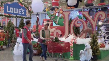 Lowe's TV Spot, 'The Moment: Gift Giver' - Thumbnail 5