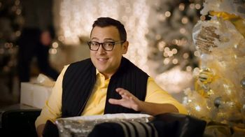 Sprint TV Spot, 'Holiday Tip: iPhone Forever' - Thumbnail 2