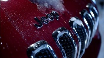 Jeep Cherokee Limited TV Spot, 'Airport' Song by Imagine Dragons [T1] - Thumbnail 3