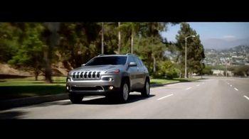 Jeep Empieza Algo Nuevo Event de Ventas TV Spot, 'Elevar' [Spanish] [T2]