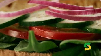 Subway Fresh Fit TV Spot, 'In With the Fresh' - Thumbnail 8